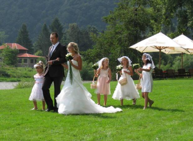 2. song - nástup nevěsty