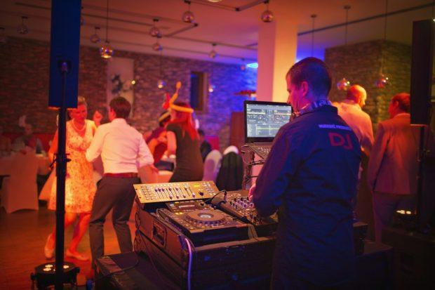 DJ na soukromý večírek