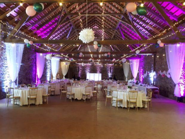 Scénické nasvícení svatby