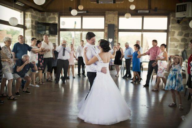 První tance