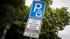 parkování ve fialové zóně