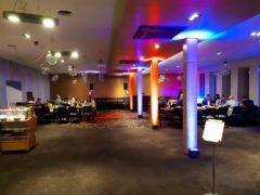 LED reflektory na scénické nasvícení sloupů.